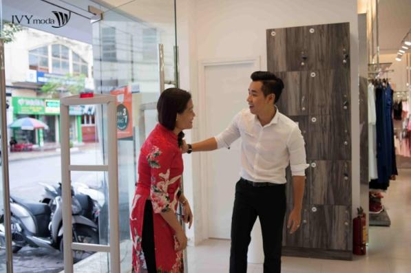 mc-nguyen-khang-tro-tai-lam-stylist-5