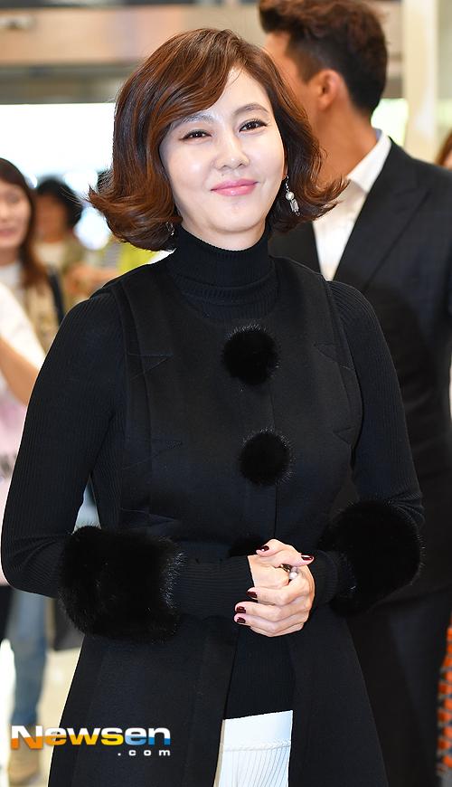 kim-nam-joo-van-dep-sau-20-nam-dong-nguoi-mau