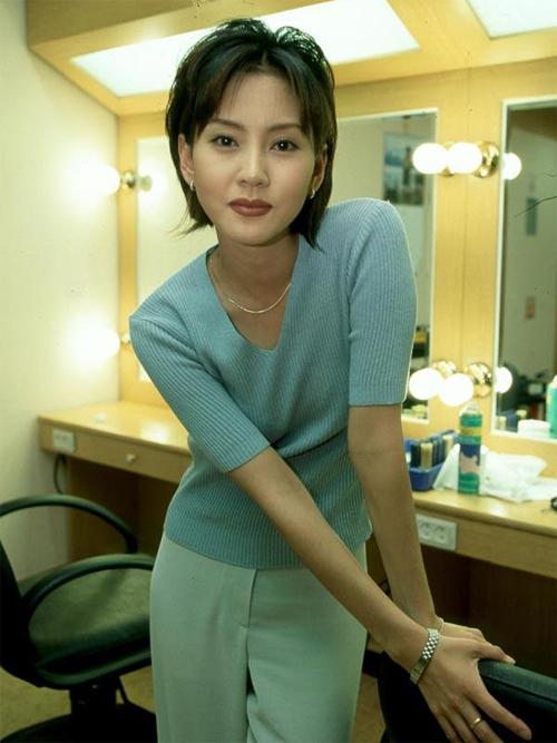kim-nam-joo-van-dep-sau-20-nam-dong-nguoi-mau-1