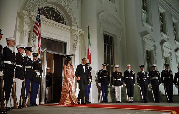 ba-obama-long-lay-trong-quoc-yen-cuoi-cung-o-nha-trang