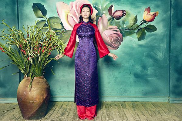 5 mẫu áo dài cưới truyền thống bằng gấm cho cô dâu