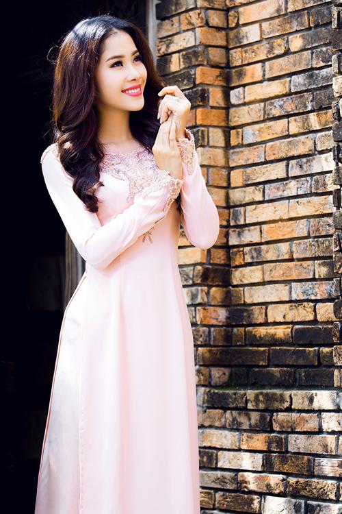 top-8-miss-earth-2016-nam-em-goi-y-ao-dai-cho-ngay-an-hoi-1