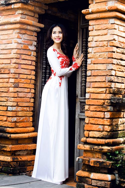 top-8-miss-earth-2016-nam-em-goi-y-ao-dai-cho-ngay-an-hoi-4