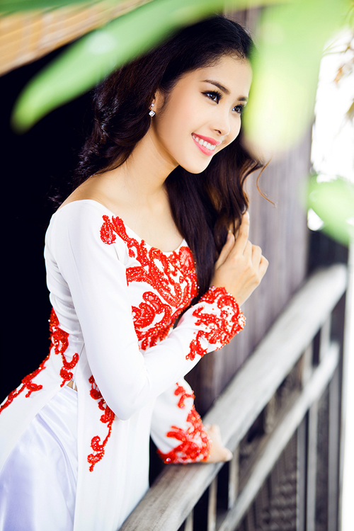 top-8-miss-earth-2016-nam-em-goi-y-ao-dai-cho-ngay-an-hoi-6