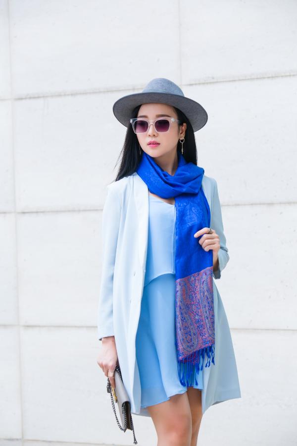 Mix & match khăn choàng thu đông cho cô nàng sành điệu - ảnh 2