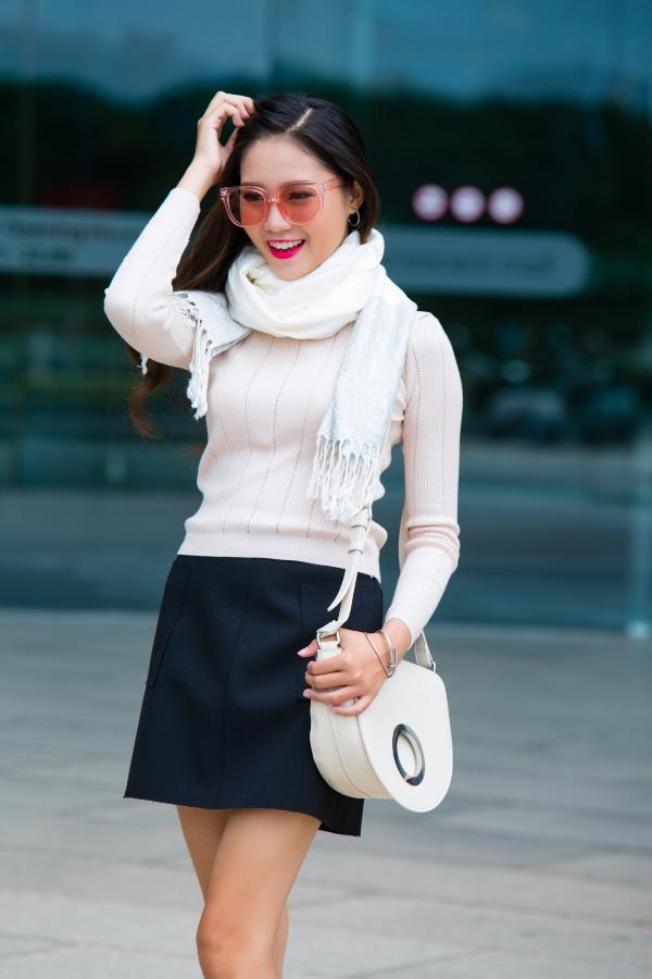 Mix & match khăn choàng thu đông cho cô nàng sành điệu - ảnh 3
