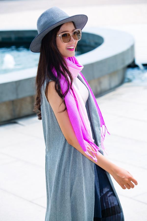 Mix & match khăn choàng thu đông cho cô nàng sành điệu - ảnh 9