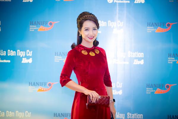 Diễn viên Mai Thu Huyền
