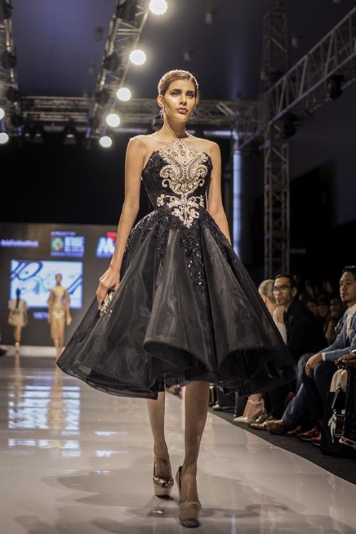 huyen-my-lam-vedette-tai-malaysia-fashion-week-6