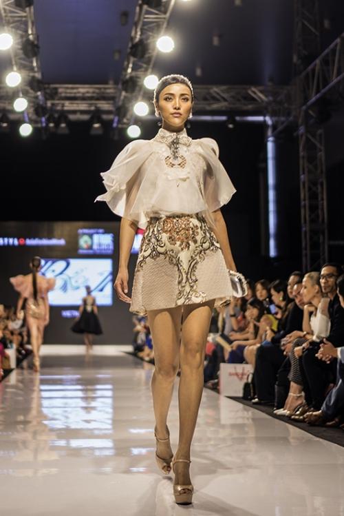 huyen-my-lam-vedette-tai-malaysia-fashion-week-8