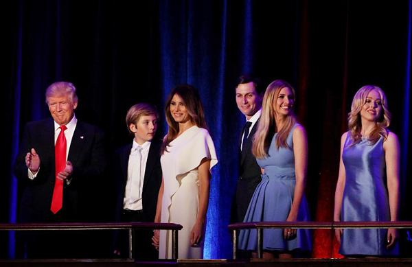 Bóc giá trang phục vợ con Tổng thống Trump ngày ông đắc cử