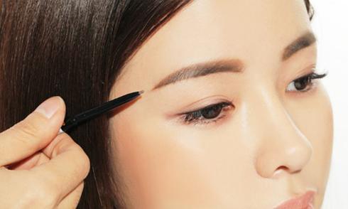 6 cách vẽ lông mày chuẩn cho từng dáng mặt