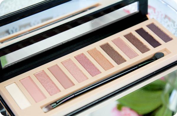L.A Girl Beauty Brick Nudes Eyeshadow Pallette