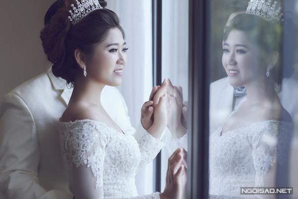 Ảnh cưới ở Nha Trang của cặp đôi 'ghét của nào trời trao của ấy'