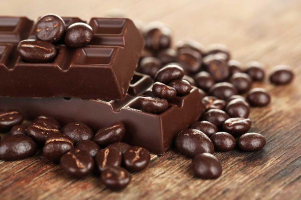 Chocolate đen đặc biệt tốt cho trí não của phụ nữ trẻ và người già.