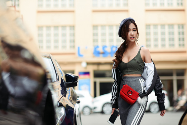 dj-trang-moon-khoe-street-style-nang-dong-1