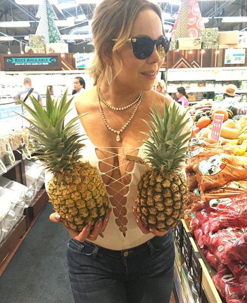 Mariah-Carey2-2393-1480065449.jpg