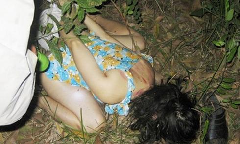 Nữ sinh lớp 9 bị hãm hiếp trong đêm khuya