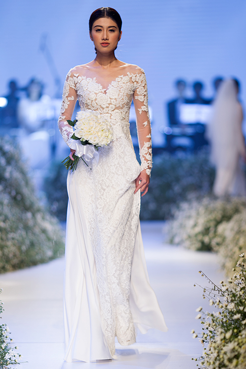 Áo dài cưới tinh xảo với vẻ đẹp phương Tây trong thiết kế Á Đông