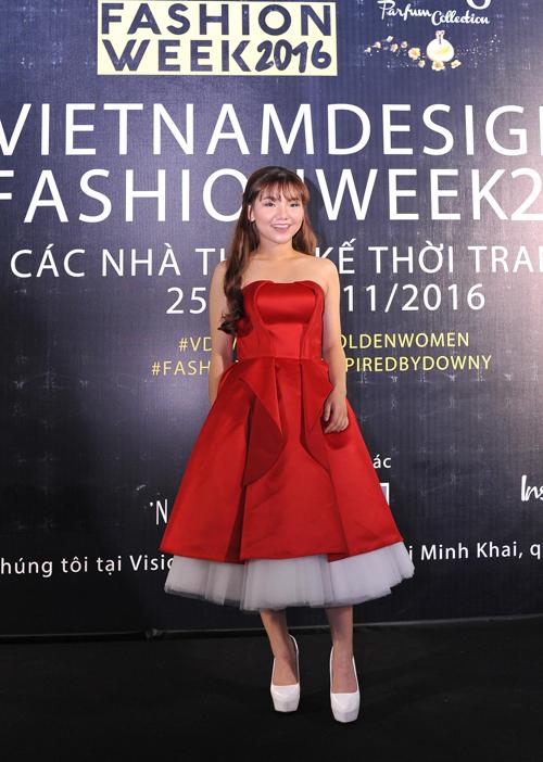 Minh-Nhu-9294-1480295360.jpg