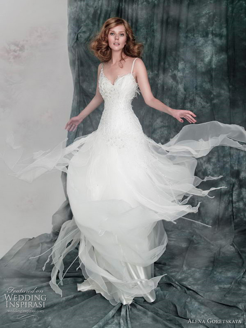airy-wedding-dresses-2011-8032-148047718