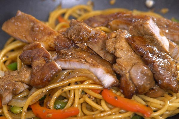 spaghetti-thit-lon-xao-tieu-den-5
