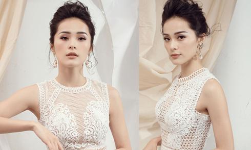 Mặc váy trắng tôn nét kiều diễm như Hạ Vi