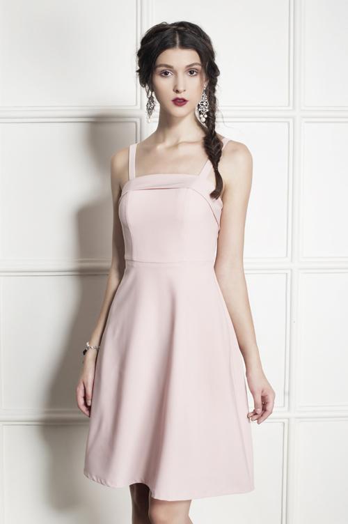 Đầm hai dây tone màu pastel dành cho những cô nàng yêu thích sự nhẹ nhàng.
