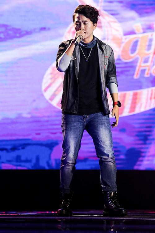 Hot boy 16 tuổi khiến huấn luyện viên 'Sing my song' phải giành giật
