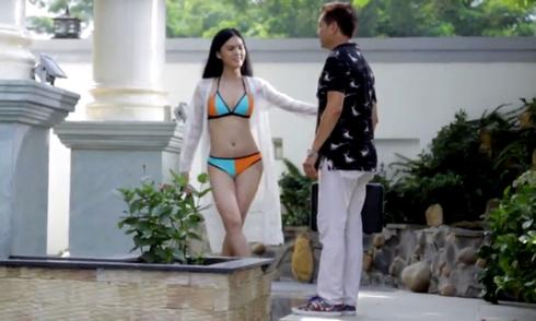 'Bản sao' của Ngọc Trinh diện bikini, quyến rũ nghệ sĩ Quang Minh