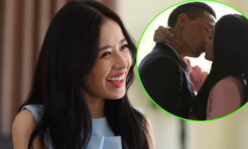 Chi Pu bật cười khi quay cảnh hôn Kim Lý