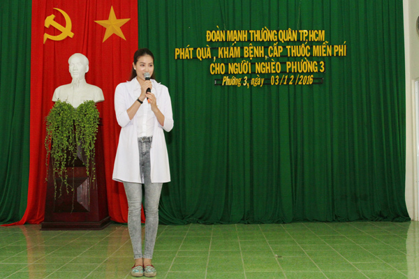pham-huong-tinh-cam-voi-cac-cu-gia-ngheo