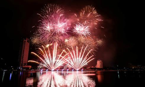 Đà Nẵng công bố lễ hội pháo hoa 2017 kéo dài 2 tháng