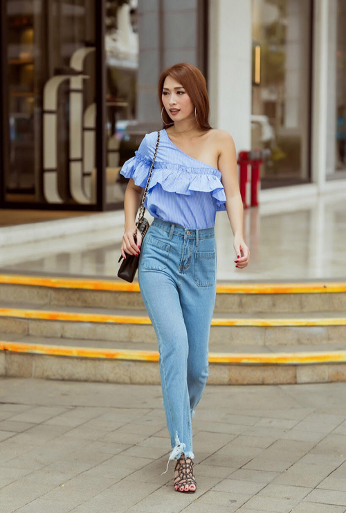 Quỳnh Thi xuống phố với quần Jean rach