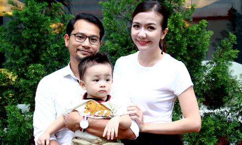 Huỳnh Đông chia sẻ về cuộc sống với Á hậu Ái Châu