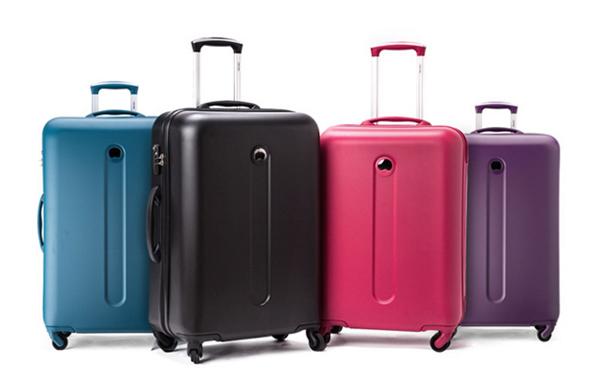 global-bags-luggage-khuyen-mai-don-giang-sinh