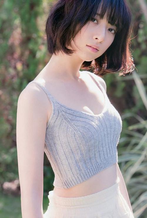 Bên cạnh lĩnh vực ca hát, Nanami còn đóng phim truyền hình, dẫn chương trình radio, phát hành sách ảnh...