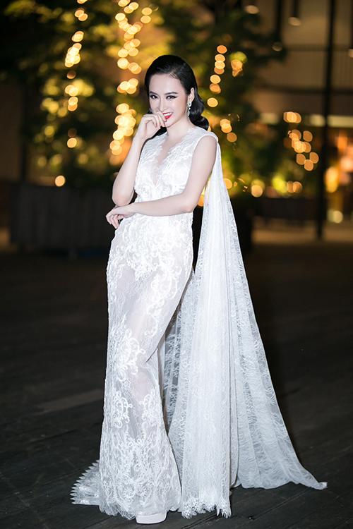 1-angela-phuong-trinh-7683-1482682279.jp