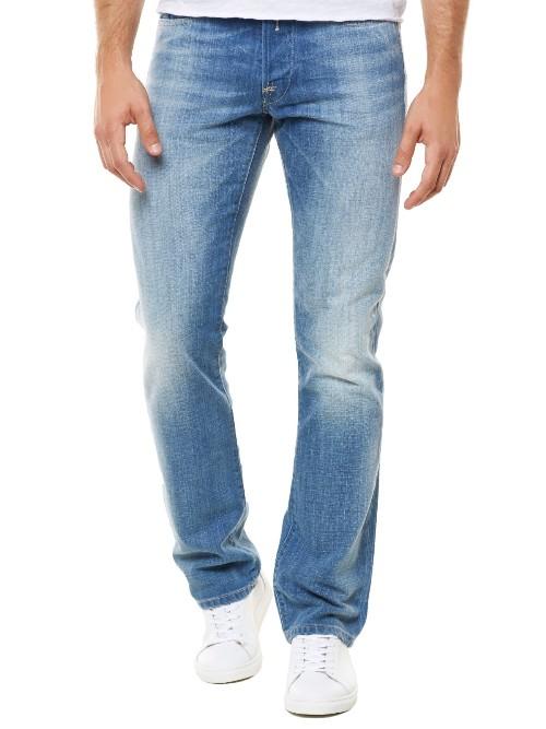 Quần jeans (Waitom Light wash Denim Jeans - Straight Fit) Replay giá sale chỉ còn 1,197,000đ so với giá ban đầu là 3,390,000đ
