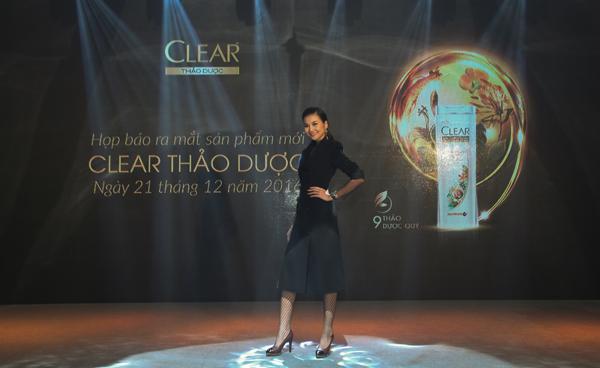 clear-thao-duoc-truyen-cam-hung-cham-soc-toc-mua-dong-4