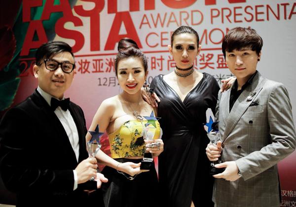 hoang-yen-don-hau-hoi-ngo-tai-fashion-asia-award-2