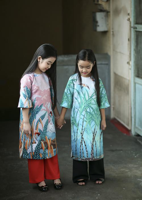 chon-ao-dai-xinh-cho-be-don-tet-1
