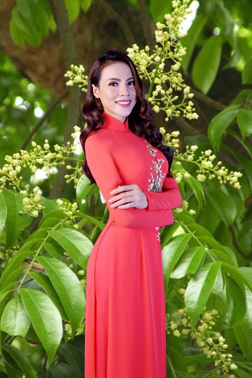 my-nhan-viet-duyen-dang-trong-ao-dai-thuan-viet-6