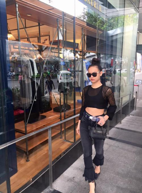 fashionista-viet-khoe-phong-cach-mua-le-hoi-2