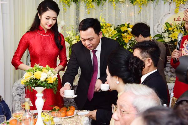 doanh nhân Doãn Văn Phương hơn Thu Ngân 19 tuổi.
