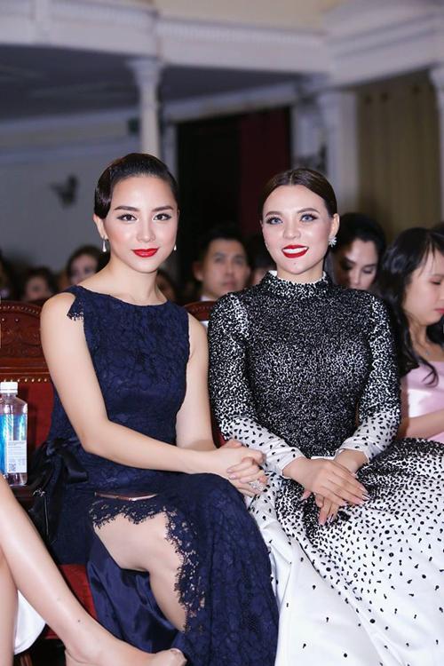 Mai Phương Trang rạng rỡ tại sự kiện Người phụ nữ của năm 2016 - ảnh 10