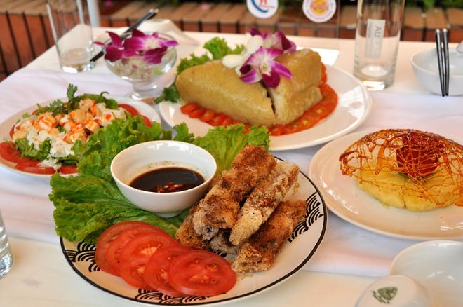 Học sinh Sài Gòn nấu món chay khéo như đầu bếp nhà hàng