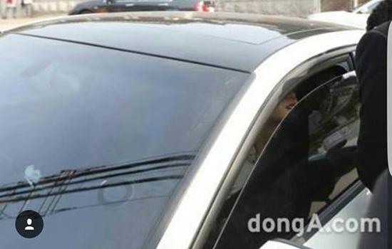 bo-kim-tae-hee-nghen-ngao-khoc-trong-dam-cuoi-con-gai-11