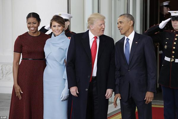 Vợ chồng Obama dùng tiệc trà với vợ chồng Trump trước lễ nhậm chức