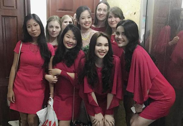 a-hau-kieu-khanh-len-xe-hoa-voi-doanh-nhan-37-tuoi-2